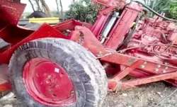 Tractor trolley hits house in south Delhi, security guard