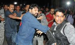 Babul Supriyo faces protest during visit to clone-hit areas