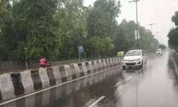 Delhi receives light rains, air quality still 'severe'