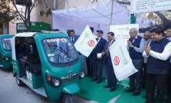 Delhi Metro launches 250 new e-rickshaws at 12 stations.