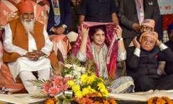 Priyanka offers prayers at Ravidas temple in Varanasi, says