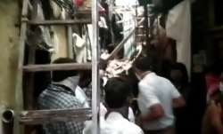 1 dead, 4 injured after building collapsed in Chembur