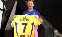 Jos Buttler receives MS Dhoni's jersey from 200th IPL