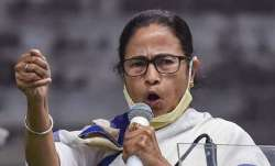 Mamata claims her phone is being tapped, to order CBI probe