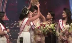 WATCH: Mrs Sri Lanka pageant witness high voltage drama, reigning Mrs World snatches winner's crown
