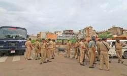 saffron flag torn down in jaipur