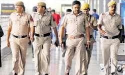 faridabad police saves girl attempting suicide