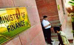 Govt invites applications for chief economic adviser post