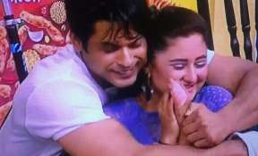 Sidharth Shukla, Rashami Desai bond again in bigg Boss 13, #SidRa fans are happy