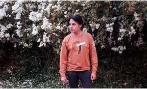 Rahul Roy remembers his mother on her birth anniversary