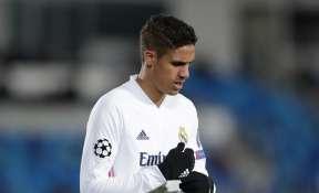 Manchester United sign defender Raphael Varane from Real Madrid