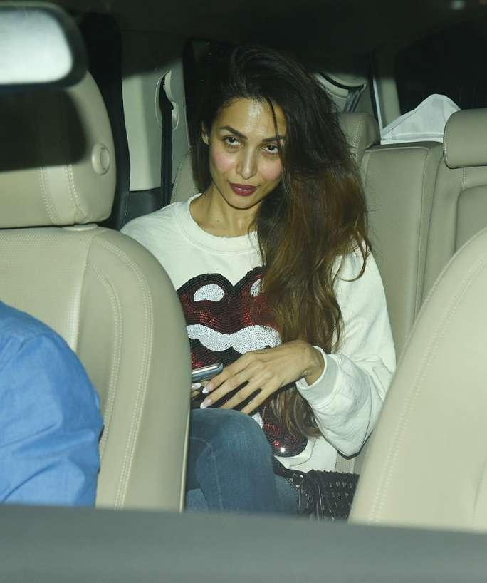 Malaika Arora was at her casual best at Dhadak movie screening