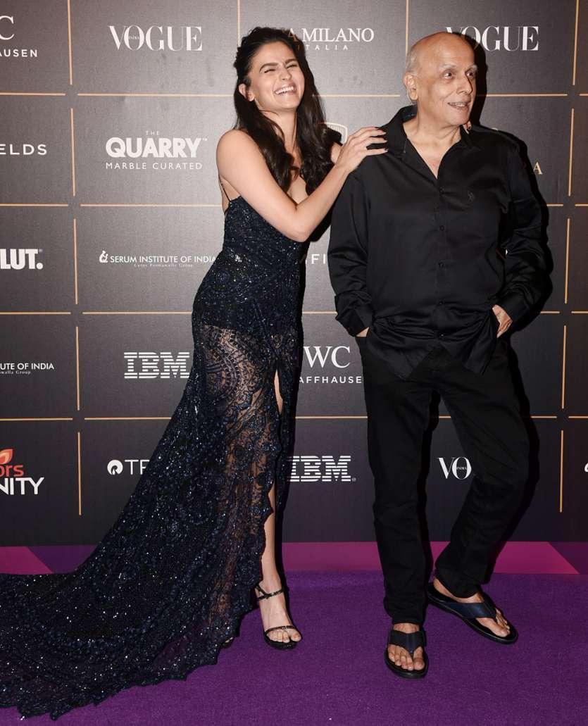 Mouni Roy To Jacqueline, Kareena What Your Favourite Celebrities Wore At Vogue Women -5038