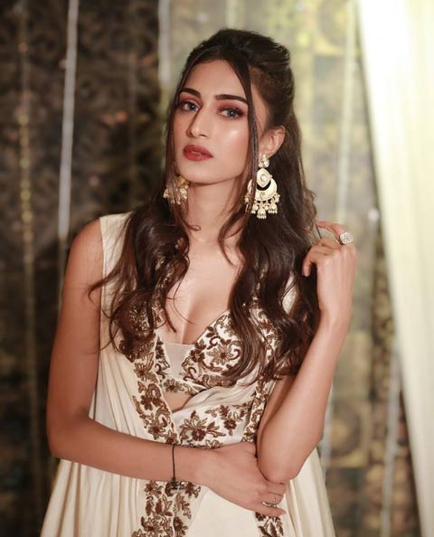 The actress revealed that rumors of an affair with co-stars Shaheer Sheikh and Parth Samthaan forced her to publicly speak about her relationship status.