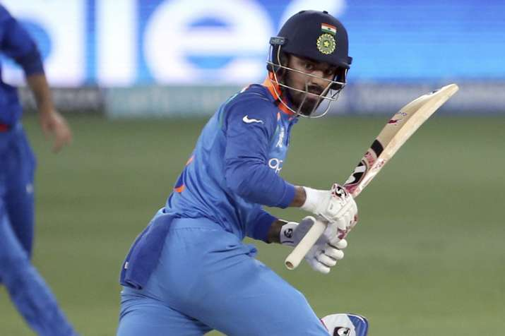 KL Rahul regrets taking unsuccessful review, fans in no mood to spare him