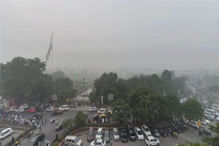The overall air quality index (AQI) was recorded at 262,