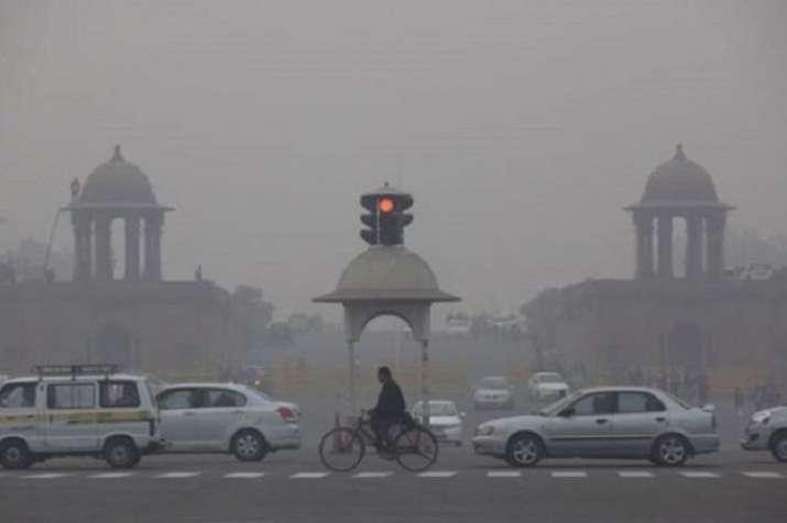 Delhi's air quality worsens again, turns 'severe'; fog delays 13 trains