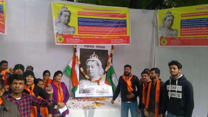 Hindu Sena pays tributes to Queen Victoria on death anniv,