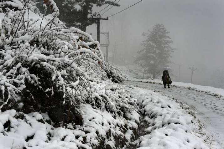 File photo of heavy snowfall on Jammu's Mughal road.