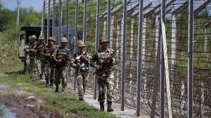 Pakistan violates ceasefire, uses artillery guns to shell areas along LoC in Jammu and Kashmir