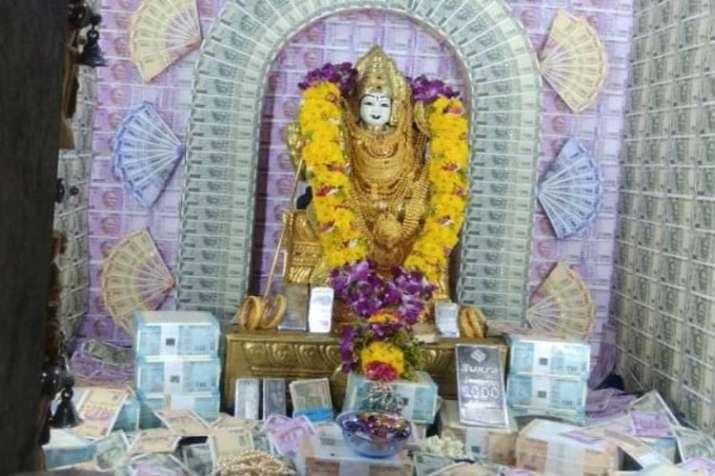 Goddess idol in Sri Muthumariamma Temple, Coimbatore
