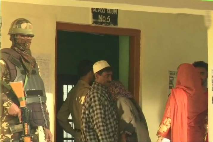 Polling underway in Anantnag district of Jammu and Kashmir