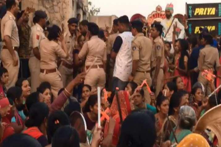 Patidars, Dalit, wedding procession
