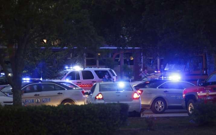 Virginia Beach gunman resigned hours before mass shooting