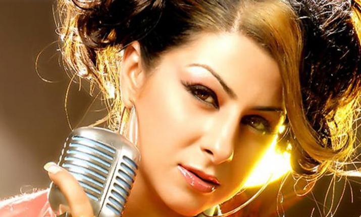 Hard Kaur, Punjabi and Hindi rap singer