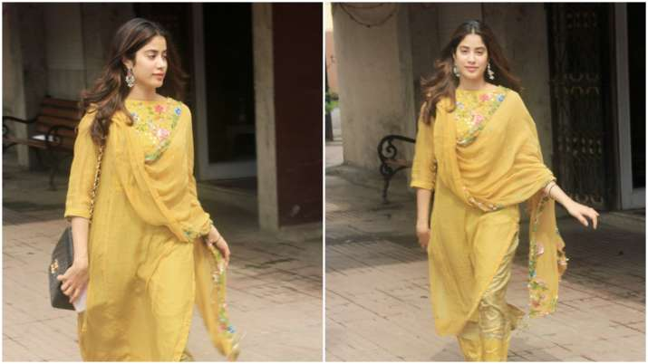 Janhvi Kapoor forgets to remove price tag from her dupatta. Gets trolled