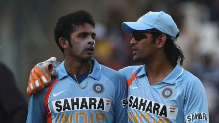Want MS Dhoni bhai to walk the field on someone's shoulder after winning T20 WC: Sreesanth