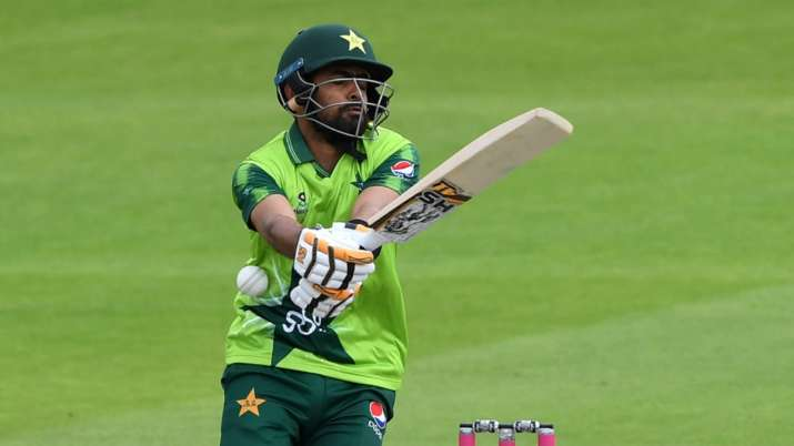Babar Azam looks like a lost cow to me: Shoaib Akhtar