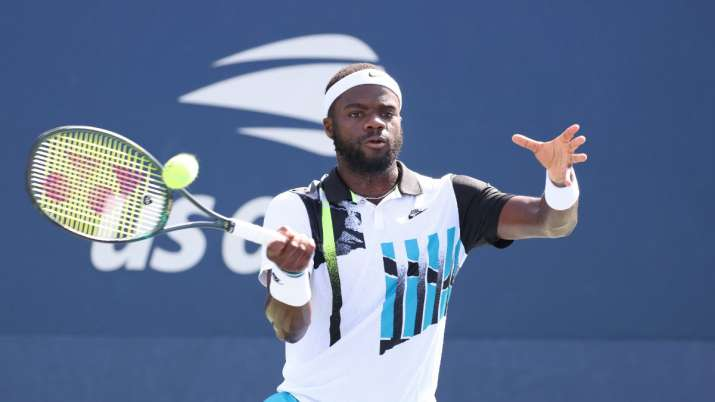 Carrying hopes for US men, Frances Tiafoe reaches 4th round at Open