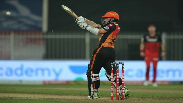 Kane Williamson in action during RCB-SRH game.