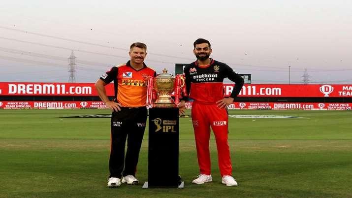 Virat Kohli and David Warner ahead of Eliminator tie of IPL
