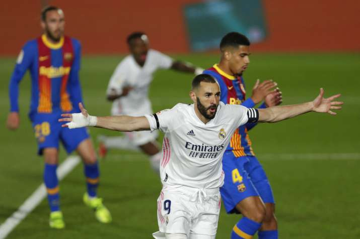 Karim Benzema and Toni Kroos scored first-half goals to give Madrid its sixth straight win in all co