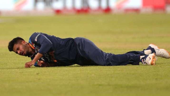 Shreyas Iyer to undergo surgery for shoulder injury on April 8