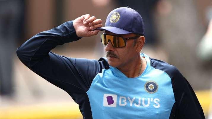 Happy Birthday Ravi Shastri! Cricket fraternity wishes Team India head coach as he turns 59