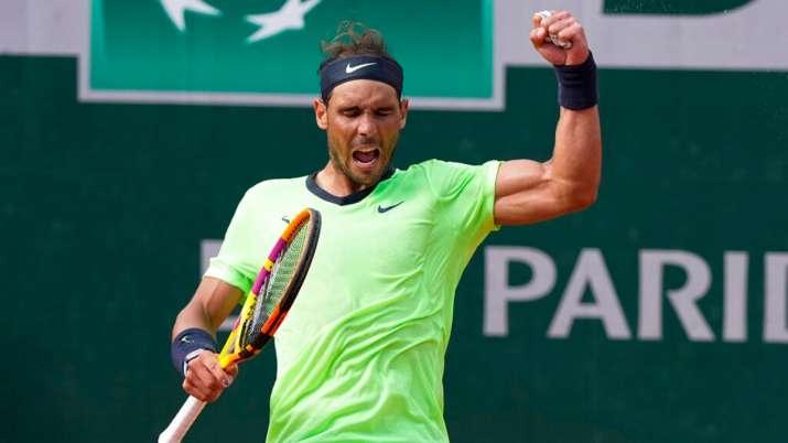 French Open: Familiar results as Rafael Nadal, Iga Swiatek advance