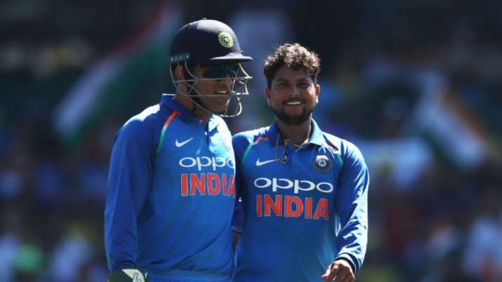 Dhoni isn't behind the stumps anymore: Former Indian spinner tells Kuldeep to find his own solution