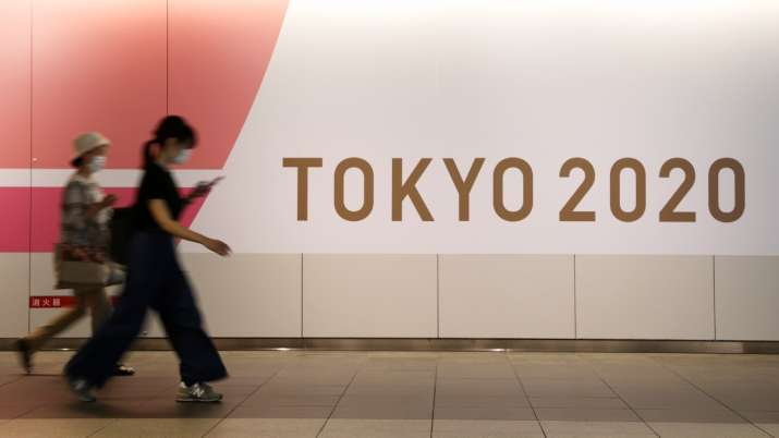 Tokyo Olympics: Australia's athletics team goes into isolation after American athlete tests COVID po