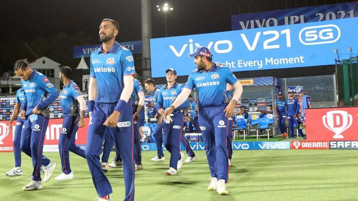 Mumbai Indians greeted with special message on flight to Abu Dhabi