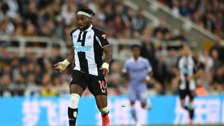 Premier League: Allan Saint-Maximin saves point for Newcastle against Leeds