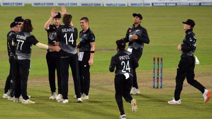 The Kiwi bowlers ripped through the Bangladesh top order.
