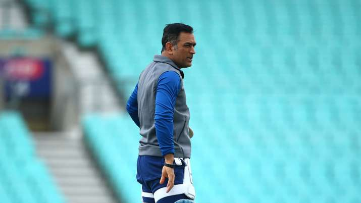 MS Dhoni 'perfect troubleshooter for youngsters', happy he