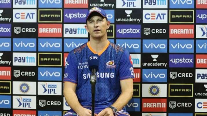IPL 2021: MI vs KKR - 'Balancing our needs with needs of Team India': Shane Bond on Hardik Pandya's