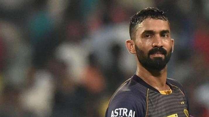 IPL 2021, KKR vs DC - Dinesh Karthik reprimanded for breaching code of conduct